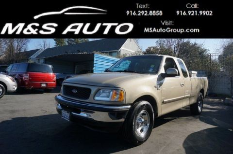 Pre-Owned 1999 Ford F150 Super Cab Short Bed RWD Extended Cab Pickup