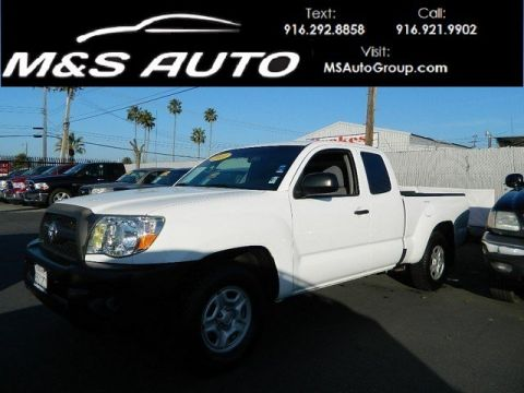 Pre-Owned 2011 Toyota Tacoma Pickup 4D 6 ft RWD Extended Cab Pickup