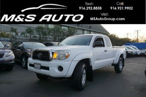 Pre-Owned 2011 Toyota Tacoma PreRunner Pickup 4D 6 ft RWD Extended Cab Pickup