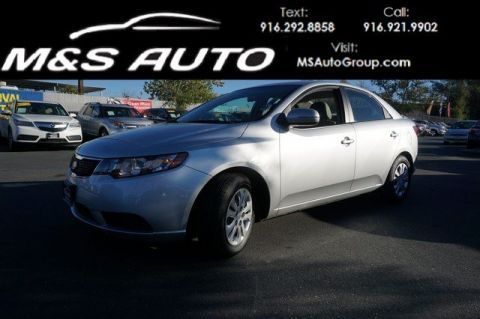 Pre-Owned 2013 Kia Forte EX FWD 4dr Car