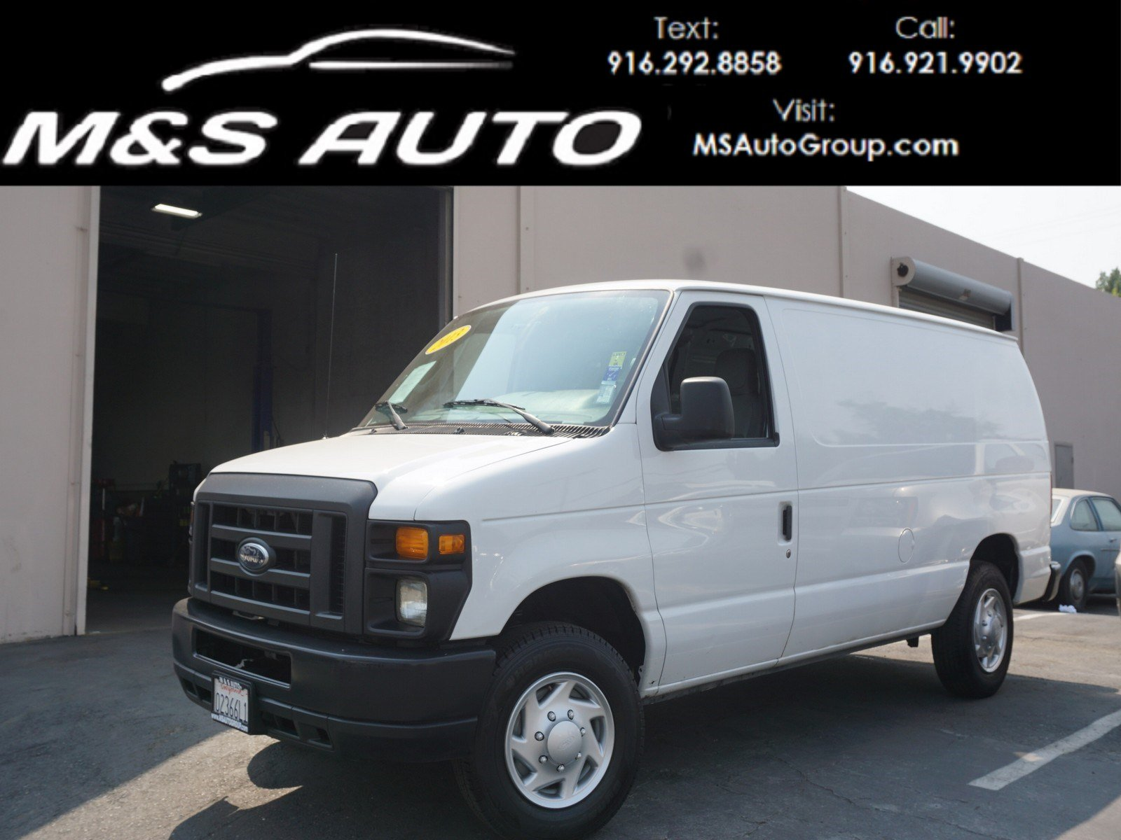Pre owned 2013 ford econoline cargo van