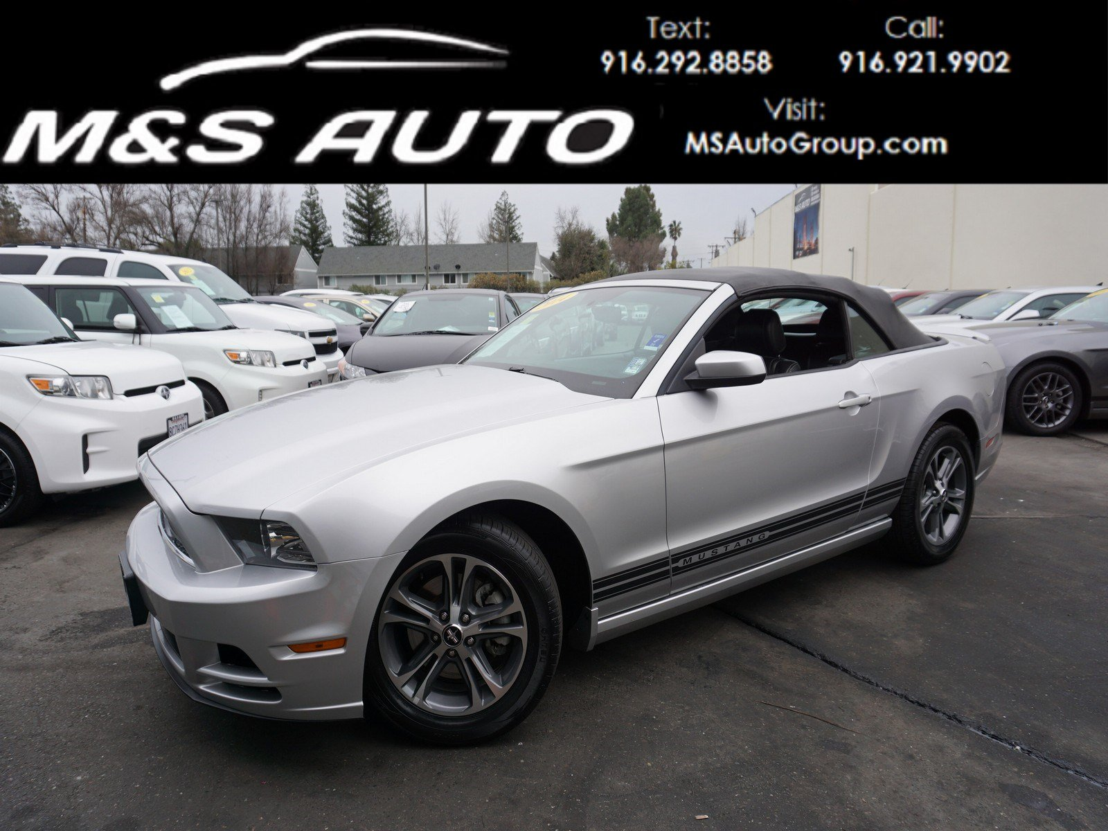 Pre owned 2014 ford mustang v6 premium convertible 2d