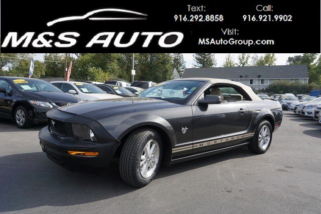 Pre-Owned 2009 Ford Mustang Deluxe Convertible 2D