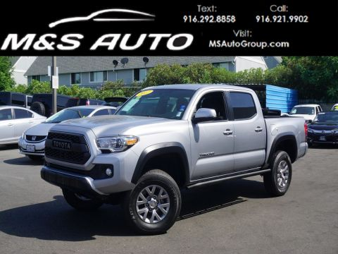 Pre-Owned 2017 Toyota Tacoma TRD Off-Road